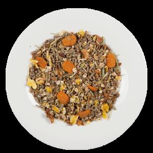 Geflocktes Getreide mit verschiedenen Gräsern und Kräutern.